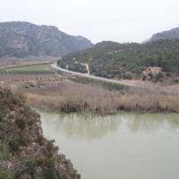 Ebro a krajina v okolí Ascó