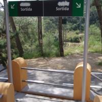 Španělský nápis bylo třeba zničit.