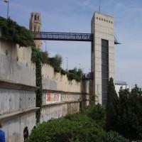 Lleida - výtah a most ke katedrále :-)