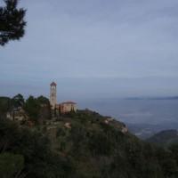 Nějaký kostelíček na hoře Montserrat