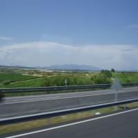 Výhled na Montserrat z dálnice mezi Tarragonou a Barcelonou