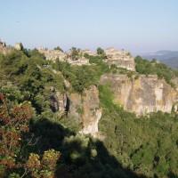 Vesnička Siurana na skalách
