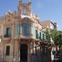 Tortosa - dům ve stylu modernismus